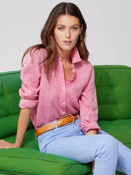 Model wearing J.McLaughlin Britt Linen Shirt in hot pink made with linen fabric.