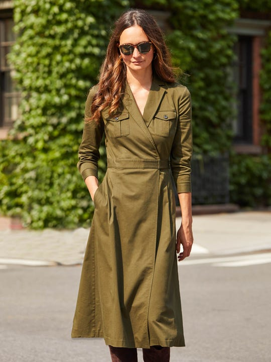 J.Mclaughlin Nikita Dress in olive made of viscose and cotton fabric.