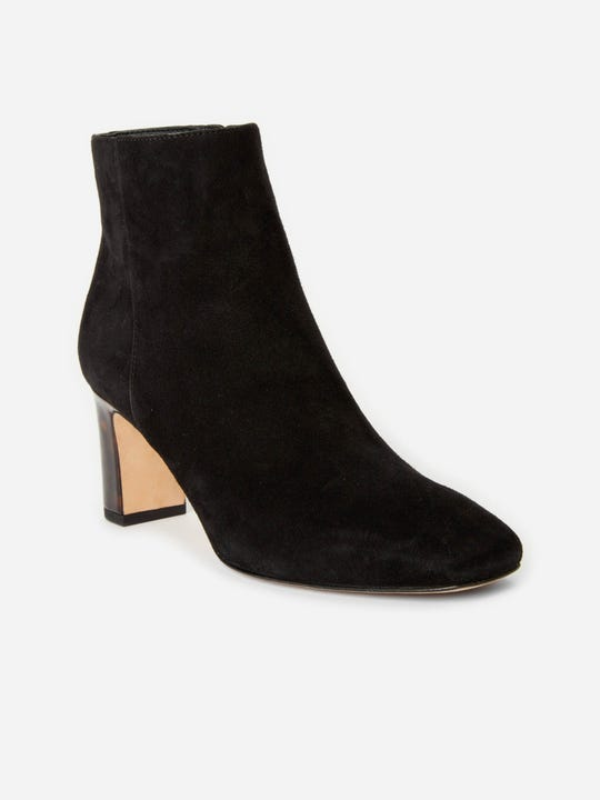 J.Mclaughlin Gloria Suede boots in black made in suede and leather fabric.