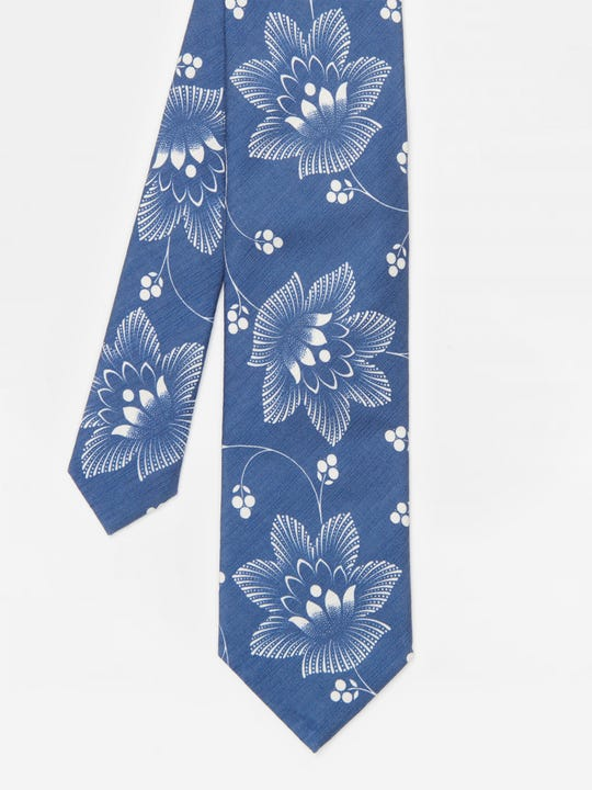 Italian Silk Tie in Denim Lotus