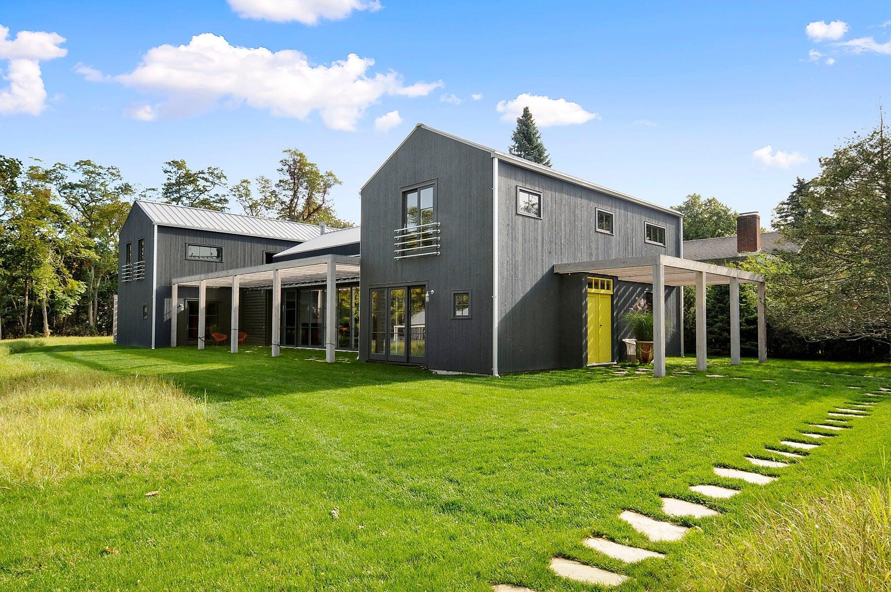 beautiful house in hampton